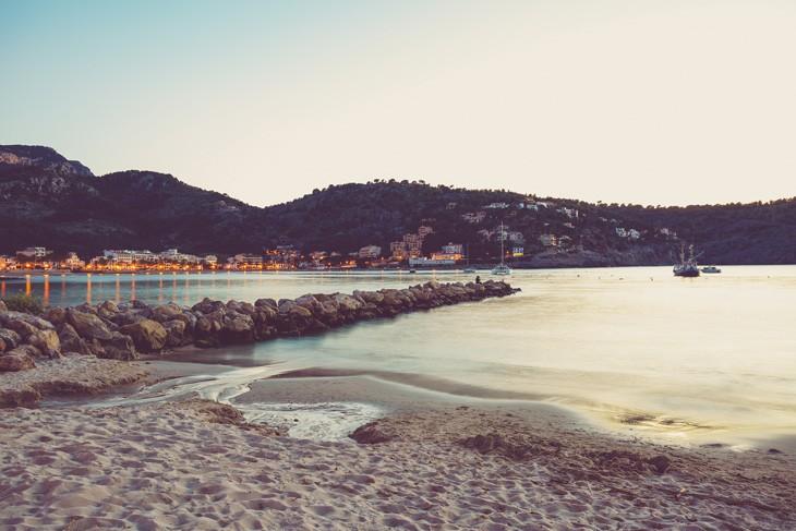 Celebra las fiestas locales esta primavera-verano y degusta nuestro restaurante en Mallorca